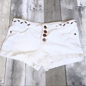 Jou Jou white denim shorts w/ Faux Braided belt